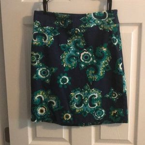 Navy and green patterned pencil skirt